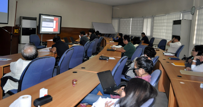 The seminar was held at the National Computer Center.
